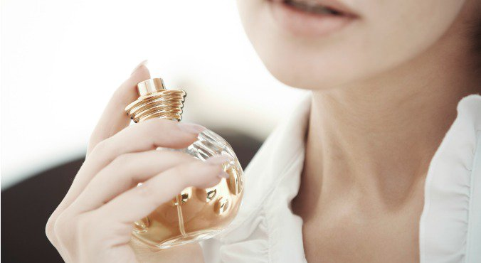7 Best Perfumes for Women Under 1000 in India