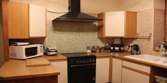 kitchen chimany