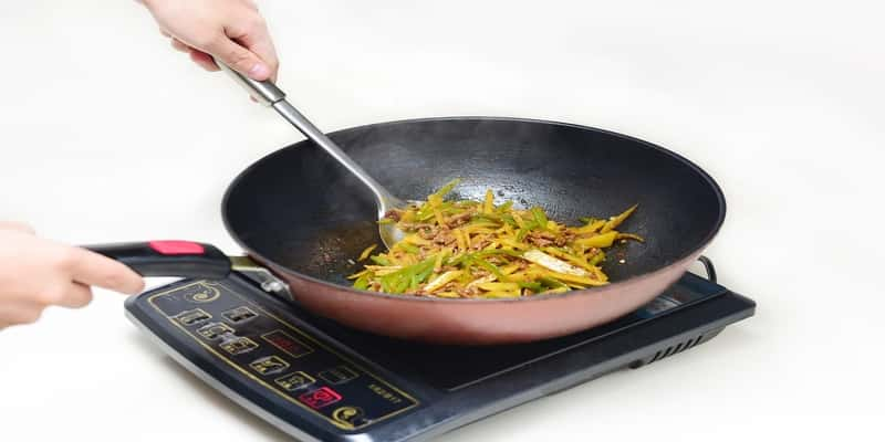 Top 5 Best Induction Cooktop in India 2019