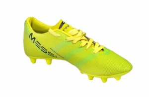 5 Best Football Shoes Under 1000 - 2020