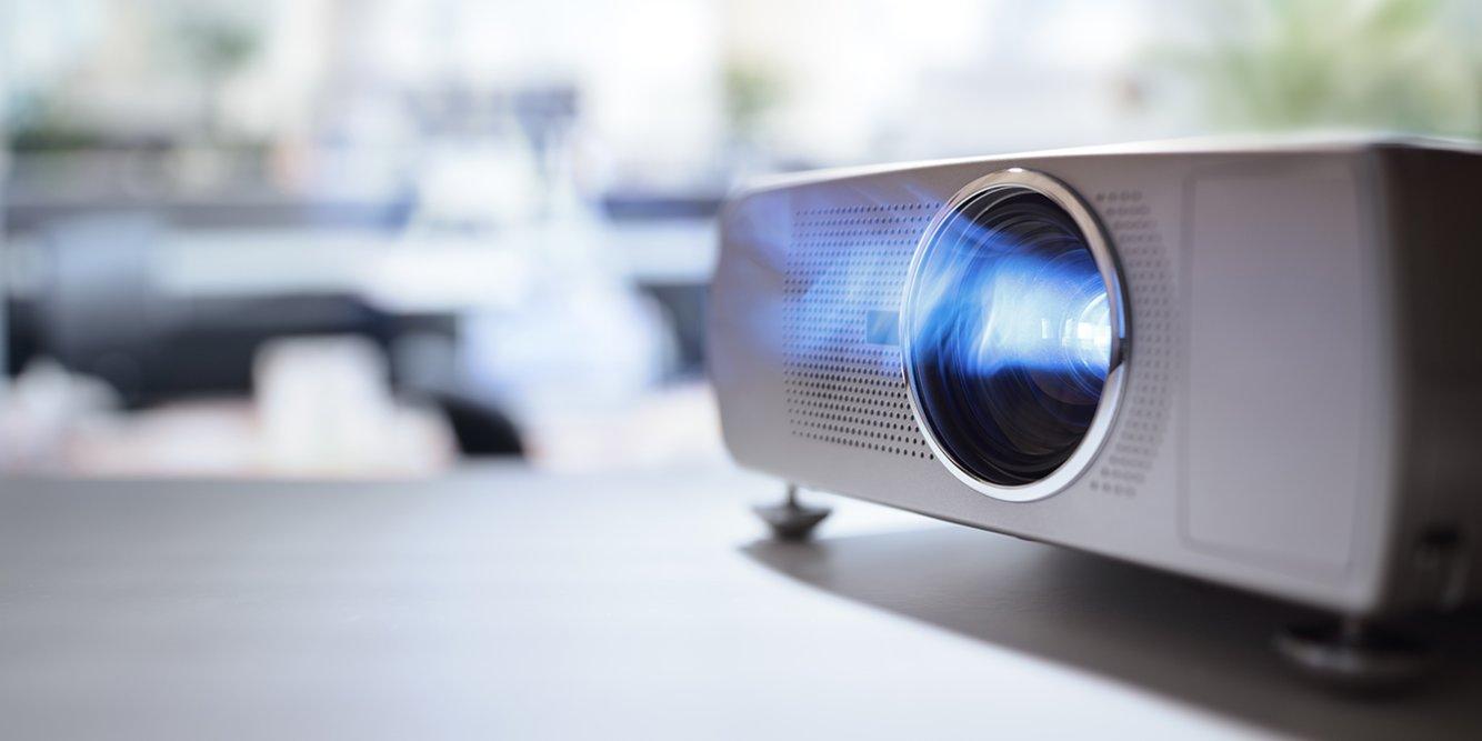 Check Out The 4 Best 1080p Projectors Under $500 2019 - Jaxtr
