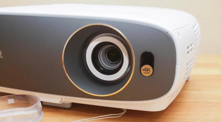 The Best 5 Projectors Under 300 Dollars 2021