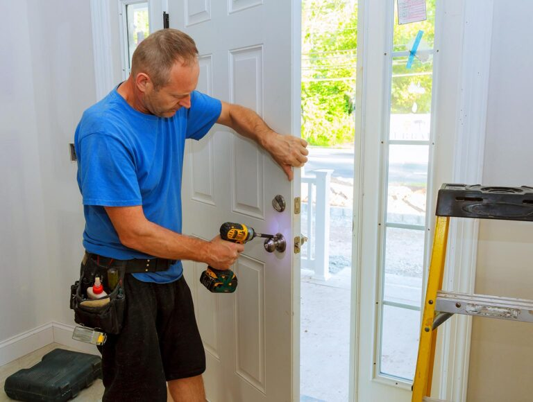 7 Cases Where You Need To Call an Emergency Locksmith – 2021 Guide
